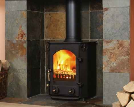 The Farndale 5 Kw Multifuel Stove